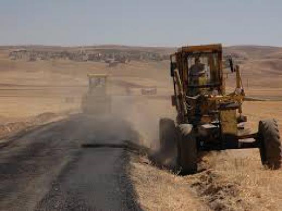 Köy yollarımızın onarım çalışmaları devam ediyor